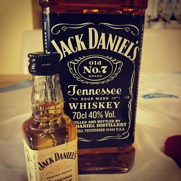 Dem Geburtstags Jack Daniel's haben wir am Wochenende auch mal geöffnet. Prost!