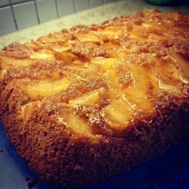 Hab für Papa noch einen Kuchen gebacken, Vatertag und so :) Er schmeckt! :)