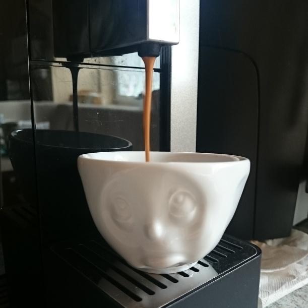 Die Espressotassen, die ich von meinen Eltern bekommen habe, mussten auch eingeweiht werden :)