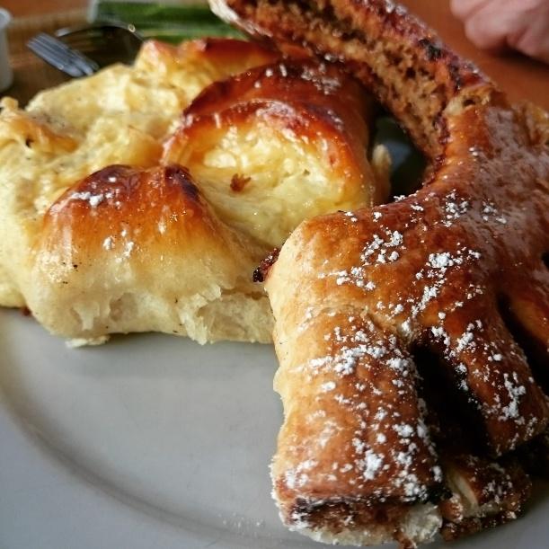 Ein sauteures Frühstück am Wörthersee, aber lecker war's :)
