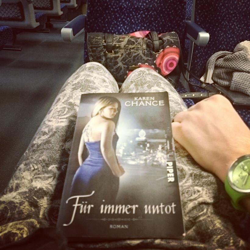 Lesen im Zug!